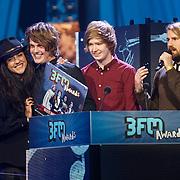 NLD/Amsterdam/20130418- Uitreiking 3FM Awards 2013, beste nieuwkomer 2013 voor Mister and Mississippi