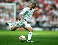 Photo: Tom Dulat.<br /> England v Estonia. UEFA European Championships Qualifying. 13/10/2007.<br /> Joe Cole of England with the ball.
