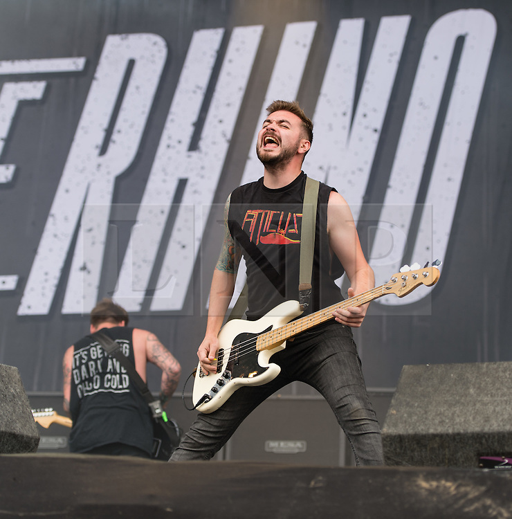 © Licensed to London News Pictures. 30/08/2015. Reading, UK. Feed the Rhino performing at Reading Festival 2015, Day 3 Sunday.  In this picture - Oz Craggs.  Photo credit: Richard Isaac/LNP