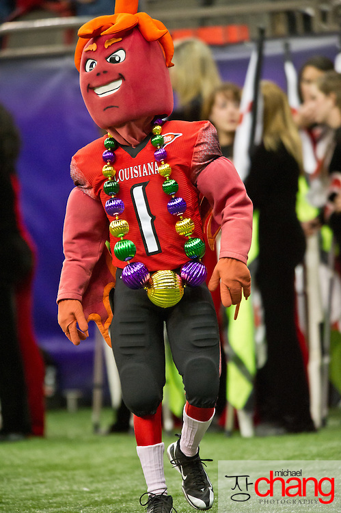 Louisiana-Lafayette's mascot, Cayenne, during the R+L Carriers New Orleans Bowl at the Mercedes-Benz Superdome.  Louisiana-Lafayette defeated San-Diego State 32-30. (Copyright Michael Chang)