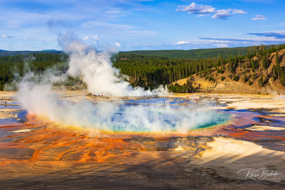 Grand Prismatic Spring, Yellowstone National Park, Wyoming USA