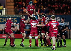 Scarlets' Tadhg Beirne claims the lineout<br /> <br /> Photographer Simon King/Replay Images<br /> <br /> European Rugby Champions Cup Round 6 - Scarlets v Toulon - Saturday 20th January 2018 - Parc Y Scarlets - Llanelli<br /> <br /> World Copyright © Replay Images . All rights reserved. info@replayimages.co.uk - http://replayimages.co.uk