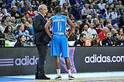 DESCRIZIONE : Eurolega Euroleague 2014/15 Gir.A Real Madrid - Dinamo Banco di Sardegna Sassari<br /> GIOCATORE : Romeo Sacchetti Jerome Dyson<br /> CATEGORIA : Fair Play<br /> SQUADRA : Dinamo Banco di Sardegna Sassari<br /> EVENTO : Eurolega Euroleague 2014/2015<br /> GARA : Real Madrid - Dinamo Banco di Sardegna Sassari<br /> DATA : 05/11/2014<br /> SPORT : Pallacanestro <br /> AUTORE : Agenzia Ciamillo-Castoria / Luigi Canu<br /> Galleria : Eurolega Euroleague 2014/2015<br /> Fotonotizia : Eurolega Euroleague 2014/15 Gir.A Real Madrid - Dinamo Banco di Sardegna Sassari<br /> Predefinita :