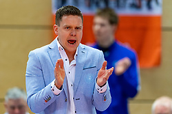 17-02-2019 NED: National Cupfinal Draisma Dynamo - Abiant Lycurgus, Zwolle<br /> Dynamo surprises national champion Lycurgus in cup final and beats them 3-1 / Trainer/coach Arjan Taaij