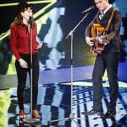 NLD/Hilversum/20160129 - Finale The Voice of Holland 2016, Jennie Lena en Douwe Bob