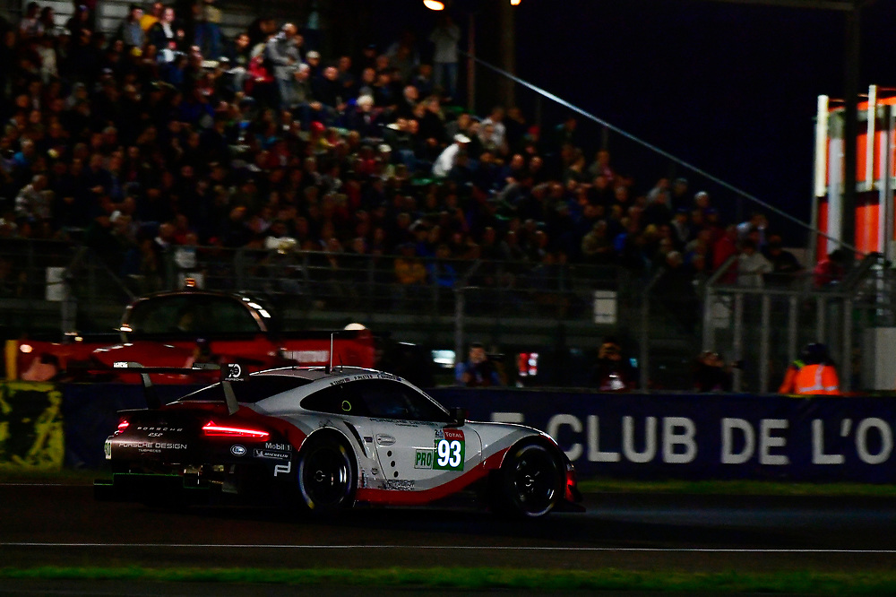 #93 Porsche GT Team Porsche 911 RSR: Patrick Pilet, Nick Tandy, Earl Bamber<br /> Wednesday 13 June 2018<br /> 24 Hours of Le Mans<br /> 2018 24 Hours of Le Mans<br /> Circuit de la Sarthe  FR<br /> World Copyright: Scott R LePage