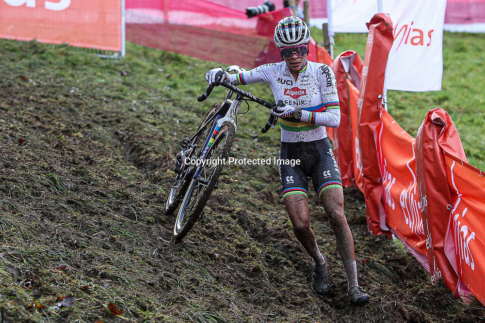 20-12-2020: Wielrennen: Veldrijden Wereldbeker: Namur<br />Ceylin del Carmen Alvarado