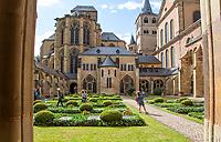 TRIER (Treves) - Duitsland - binnenstad, innerstadt,   City, centrum,  Konstantin Baseliek, Constantijn, Baselik  COPYRIGHT KOEN SUYK