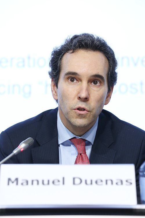 20150226 - Brussels - Belgium - 26 February 2015 -  Heating and cooling in the European energy  transition conference - Boosting new finance for energy efficiency investments - Manuel Duenas , Deputy Head of Division for Climate Change & Environment , European Investment Bank ( EIB )  © EC/CE  - Patrick Mascart