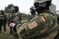 """03 APR 2012, LEHNIN/GERMANY:<br /> Beliebte nicht dienstliche Ergaenzung der Uniform sind Fantasie- Badges / Paches, Kampfschwimmer der Bundeswehr trainieren """"an Land"""" infanteristische Kampf, hier Haeuserkampf- und Geiselbefreiungsszenarien auf einem Truppenuebungsplatz<br /> IMAGE: 20120403-01-005<br /> KEYWORDS: Marine, Bundesmarine, Soldat, Soldaten, Armee, Streitkraefte, Spezialkraefte, Spezialkräfte, Kommandoeinsatz, Übung, Uebung, Training, Spezialisierten Einsatzkraeften Marine, Waffentaucher"""