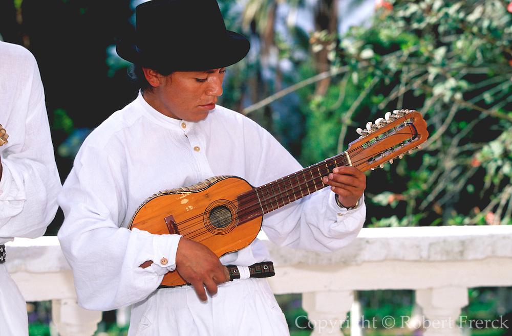 ECUADOR, HIGHLANDS Hacienda Pinsaqui with musicians