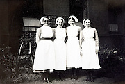 group portrait of nurses 1900s England