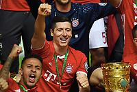 Jubel v.l. Thiago Alcantara, Robert Lewandowski (Bayern) mit Pokal<br /> 21.05.2016, Fussball, DFB-Pokal, Finale 2016, FC Bayern München - Borussia Dortmund<br /> Norway only