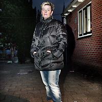 Nederland, De Rijp , 27 januari 2014.<br /> Jeanette Palsma.<br /> De zoon van Jeannette is volkomen de weg kwijt. Ze noemt hem een gevaar voor zichzelf en voor anderen.  Al jaren probeert ze de juiste hulp te krijgen, maar dat is lastig nu hij meerderjarig is. Samen met een andere moeder die de wanhoop nabij is vertelde ze haar verhaal.<br /> Foto:Jean-Pierre Jans