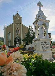 Capela Santo André edificada em 1926, primeiro lugar onde Dom Claudio Hummes resou uma missa. A capela fica no municipio de Salvador do Sul, a 112 km de Porto Alegre.<br /> FOTO: Jefferson Bernardes/Preview.com