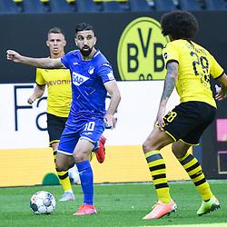 27.06.2020, xmeix, 1.Fussball Bundesliga, Borussia Dortmund - TSG 1899 Hoffenheim, empor. v.l.n.r, <br /> Munas Dabbur (TSG 1899 Hoffenheim) gegen Axel Witsel (Borussia Dortmund)<br /> <br /> <br /> <br /> Foto: Sascha Meiser/APF/Pool/PIX-Sportfotos<br /> <br /> Nur für journalistische Zwecke!<br /> Only for editorial use!<br /> Nutzungsbedingungen: http://poolbilder.de/nutzungsvereinbarung.pdf<br /> <br /> Foto © PIX-Sportfotos *** Foto ist honorarpflichtig! *** Auf Anfrage in hoeherer Qualitaet/Aufloesung. Belegexemplar erbeten. Veroeffentlichung ausschliesslich fuer journalistisch-publizistische Zwecke. For editorial use only. DFL regulations prohibit any use of photographs as image sequences and/or quasi-video.