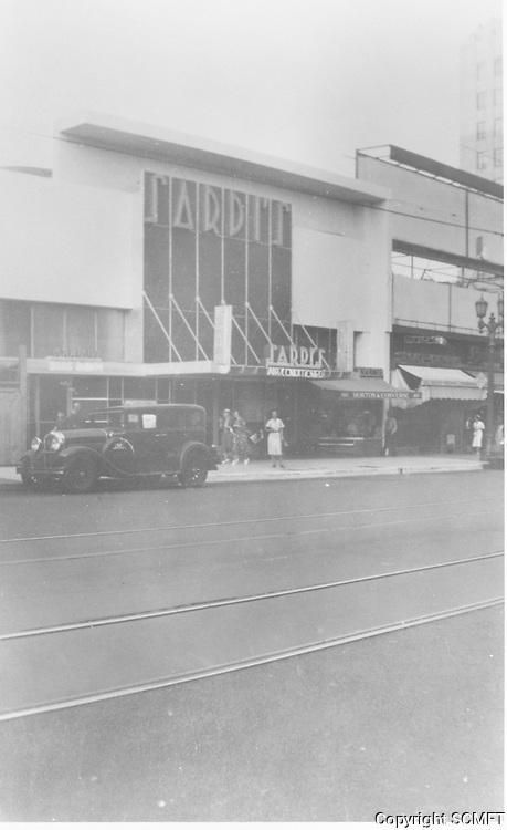 1938 Sardi's Restaurant on Hollywood Blvd.
