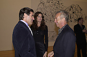 Peter Brant, Stephanie Seymour and Giles Bensimon. Azzadine Alaia installation. 575 Broadway. NY. 22 September 2000. © Copyright Photograph by Dafydd Jones 66 Stockwell Park Rd. London SW9 0DA Tel 020 7733 0108 www.dafjones.com