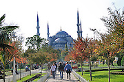 Turkey, Istanbul, Sultanahmet park, The blue Mosque in the background