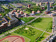 Nederland, Utrecht, Utrecht; 14–05-2020; stadsdeel Leidsche Rijn, Parkwijk / Hoge Weide. Amaliapark.<br /> Leidsche Rijn district. Busbaan Parkwijk.<br /> <br /> luchtfoto (toeslag op standaard tarieven);<br /> aerial photo (additional fee required)<br /> copyright © 2020 foto/photo Siebe Swart
