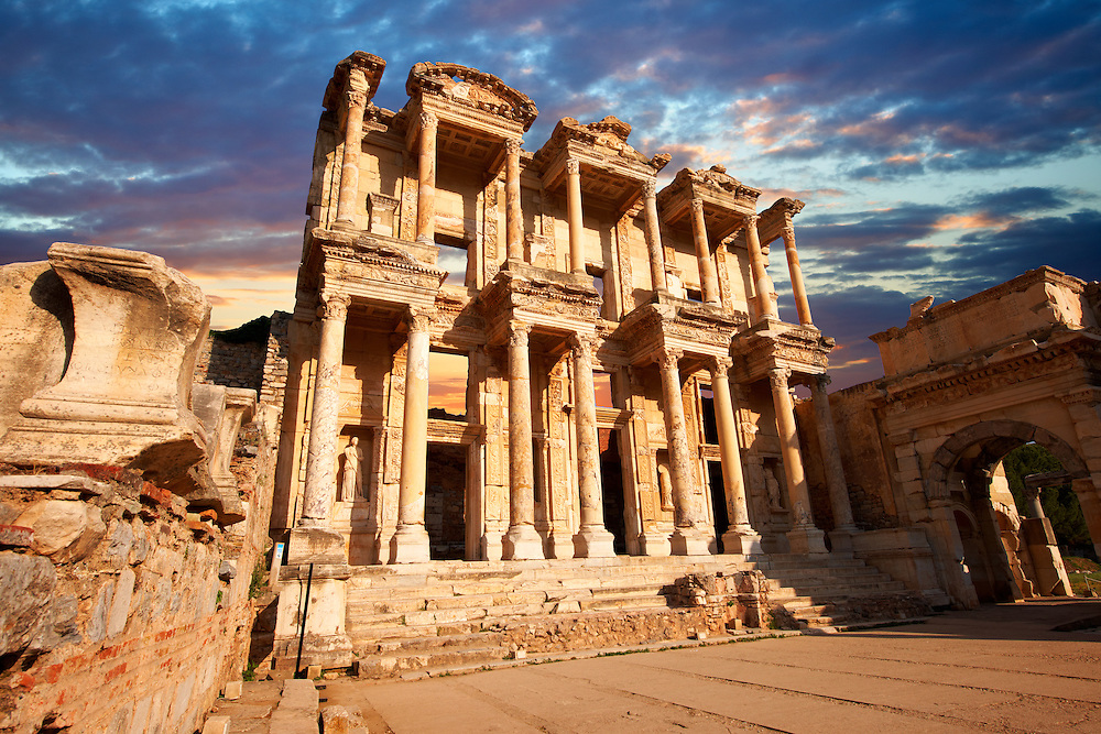 Picture & Photo of The library of Celsusat sunrise . Images of the Roman ruins of Ephasus, Turkey. Stock Picture & Photo art prints .<br /> <br /> If you prefer to buy from our ALAMY PHOTO LIBRARY  Collection visit : https://www.alamy.com/portfolio/paul-williams-funkystock/ephesus-celsus-library-turkey.html<br /> <br /> Visit our TURKEY PHOTO COLLECTIONS for more photos to download or buy as wall art prints https://funkystock.photoshelter.com/gallery-collection/3f-Pictures-of-Turkey-Turkey-Photos-Images-Fotos/C0000U.hJWkZxAbg
