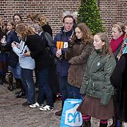 NLD/Apeldoorn/20081101 - Opening tentoonstelling SpeelGoed op paleis Het Loo, toeschouwers