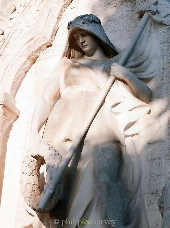 A World War One memorial statue in the historic town of Saint Emilion, France