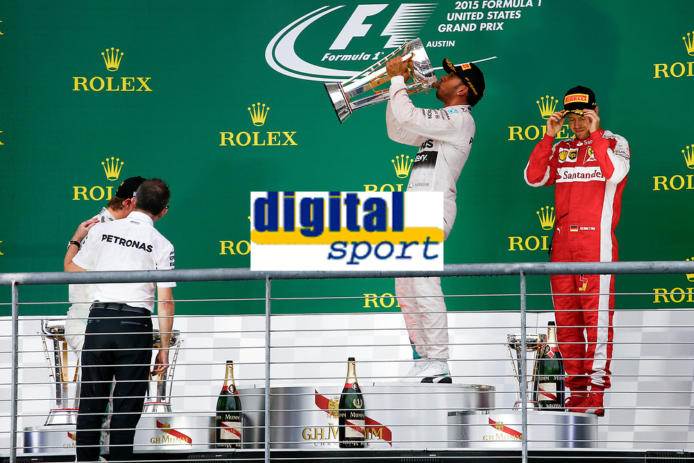 HAMILTON lewis (gbr) mercedes gp mgp w06 ambiance portrait podium ambiance  during the 2015 Formula One World Championship, United States of America Grand Prix from october 22nd to 25nd 2015 in Austin, Texas, USA. Photo Frederic Le Floch / DPPI.