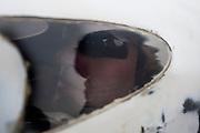Alwin Viskers zit klaar voor zijn eerste rit in de Velox. Het Human Powered Team Delft (HPT Delft) houden op de voormalige vliegbasis Soesterberg testen om de renners te laten wennen aan het rijden in de Velox. Het team probeert het record Human Powered Vehicles te verbreken.<br /> <br /> Alwin Viskers at the start of his trainings run and hid first time in the Velox. Human Powered Team Delft (HPT Delft) is testing at the former airport Soesterberg to get the riders familiar with the bike and to train the stop and start.