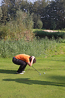 AMSTERDAM - FORE . Beoefening van de golfsport. FOTO KOEN SUYK