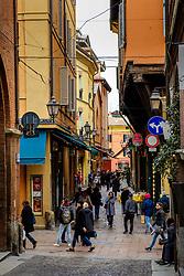 Shoppers in the Via Marchesana, Bologna, Italy<br /> <br /> (c) Andrew Wilson | Edinburgh Elite media