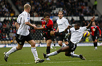 Photo: Steve Bond/Sportsbeat Images.<br /> Derby County v Blackburn Rovers. The FA Barclays Premiership. 30/12/2007. Roque Santa Cruz (C) gets a shot away as Michael Johnson (R) slides in