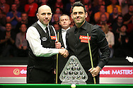 Ronnie O'Sullivan (Eng) and Joe Perry (Eng) shake hands before the match starts with the Paul Hunter Masters Trophy in front of them. Ronnie O'Sullivan (Eng) v Joe Perry (Eng), the Masters Final at the Dafabet Masters Snooker 2017, at Alexandra Palace in London on Sunday 22nd January 2017.<br /> pic by John Patrick Fletcher, Andrew Orchard sports photography.