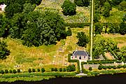 Nederland, Noord-Holland, Gemeente Ouder-Amstel, 29-06-2018; Ouderkerk aan de Amstel met Beth Haim, Portugees-Israelitische begraafplaats gelegen aan het water van riviertje De Bullewijk.<br /> Ouderkerk aan de Amstel, Beth Haim, Portuguese-Israelite cemetery..<br /> <br /> luchtfoto (toeslag op standard tarieven);<br /> aerial photo (additional fee required);<br /> copyright foto/photo Siebe Swart
