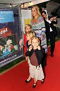 Prinses Maxima en haar drie dochters bij premiere Fantasia de Muisical<br /> <br /> Prinses Amalia , Prinses Alexia , Prinses Ariane en Prinses Maxima zijn aanwezig bij de premiere in Amstelveen van Fantasia de gi-ga-grote Muisical met Geronimo Stilton<br /> <br /> Princess Maxima and her three daughters to the premiere Fantasia Muisical<br /> <br /> Princess Amalia, Princess Alexia, Princess Maxima and Princess Ariane are present at the premiere of Fantasia in Amstelveen the gi-ga-large Muisical with Geronimo Stilton