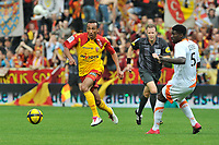FOOTBALL - FRENCH CHAMPIONSHIP 2010/2011 - L1 - RC LENS v FC LORIENT - 30/04/2011 - PHOTO JULIEN CROSNIER / DPPI - EDUARDO (LEN)