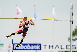 Menno Vloon in action on the pole vault during FBK Games 2021 on 06 june 2021 in Hengelo.