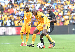 Kaiser Chiefs player Willard Katsande and Orlando pirates player Justin Shonga battle for the ballduring the Soweto derby at the FNB Stadium. Johannesburg.<br /> Picture: Itumeleng English/ African News Agency /ANA