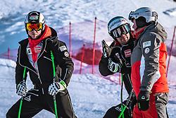 06.02.2019, Aare, SWE, FIS Weltmeisterschaften Ski Alpin, SuperG, Herren, Streckenbesichtigung, im Bild v.l.: Hannes Reichelt (AUT), Vincent Kriechmayr (AUT), Andreas Puelacher (Sportlicher Leiter ÖSV Ski Alpin Herren) // f.l.: Hannes Reichelt of Austria Vincent Kriechmayr of Austria Andreas Puelacher Austrian Ski Association head Coach alpine Men's during the course inspection for the men's Super-G of FIS ski alpine world cup in Aare, Sweden on 2019/02/06. EXPA Pictures © 2019, PhotoCredit: EXPA/ Dominik Angerer