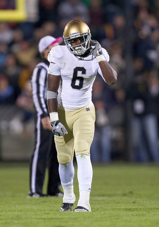 October 01, 2011:  Notre Dame wide receiver Theo Riddick (#6) during NCAA Football game action between the Notre Dame Fighting Irish and the Purdue Boilermakers at Ross-Ade Stadium in West Lafayette, Indiana.  Notre Dame defeated Purdue 38-10.