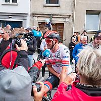Edvald Boasson Hagen vant i Kristiansand under Tour of Norway sykkelritt etappe 2: Lyngdal - Kristiansand.Her Alexsander Kristoff etter mål.