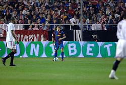 03-03-2007 VOETBAL: SEVILLA FC - BARCELONA: SEVILLA  <br /> Sevilla wint de topper met Barcelona met 2-1 / Carles Puyol Saforcada - boarding unibet.com<br /> ©2006-WWW.FOTOHOOGENDOORN.NL
