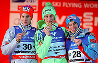 Hopp , BAD MITTERNDORF,AUSTRIA,16.JAN.16 - NORDIC SKIING, SKI JUMPING, SKI FLYING - FIS World Championships, Kulm, men. Image shows Kenneth Gangnes (NOR), Peter Prevc (SLO) and Stefan Kraft (AUT).Norway only