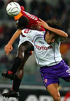 Fotball<br /> Serie A Italia<br /> Foto: Graffiti/Digitalsport<br /> NORWAY ONLY<br /> <br /> Roma 27/11/2005 <br /> <br /> Roma v Fiorentina 1-1<br /> <br /> Samuel Kuffour Roma and Luca Toni Fiorentina