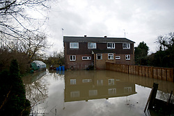 © London News Pictures. 26/11/2012. Sonning, UK. Flood water filling the garden of a property on the banks of the River Thames at Sonning, Berkshire on November 26, 2012. Photo credit: Ben Cawthra/LNP