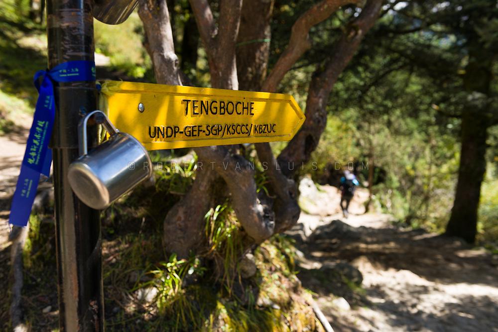 Sign pointing towards Tengboche, along the Everest trek, Nepal. Photo © robertvansluis.com
