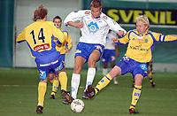Fotball, treningskamp Molde - Sundsvall 2-2<br /> Øyvind Hoås mot Fredrik Norberg og Patrik Eriksson-Olsson<br /> Foto: Carl-Erik Eriksson, Digitalspor