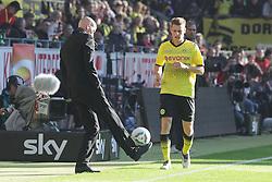 22.10.2011, SIGNAL IDUNA Park Dortmund, Dortmund, GER, 1.FBL, Borussia Dortmund vs 1. FC Köln / Koeln, im Bild Stale Solbakken (Trainer Koeln) hebt den Ball mit dem Fuss Lukasz Piszczek (Dortmund #26) zum Einwurf zu....// during the 1.FBL,  Borussia Dortmund vs 1. FC Köln / Koeln on 2011/10/22,  SIGNAL IDUNA Park Dortmund, Dortmund, Germany. EXPA Pictures © 2011, PhotoCredit: EXPA/ nph/  Herbst       ****** out of GER / CRO  / BEL ******