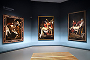Koning Willem Alexander opent tentoonstelling Utrecht, Caravaggio en Europa in het Centraal Museum, Utrecht<br /> <br /> King Willem Alexander opens exhibition Utrecht, Caravaggio and Europe in the Centraal Museum, Utrecht<br /> <br /> Op de foto / On the photo:  Bij de Graflegging van Christus van Caravaggio uit de Vaticaanse Musea geeft Liesbeth Helmus uitleg aan de koning / At the Entombment of Christ of Caravaggio from the Vatican Museums, Liesbeth Helmus explains to the king