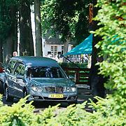 NLD/Laren/20110711 - Uitvaart Jaap Blokker,